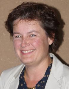 Fr. Becker - Schulleiterin der DST
