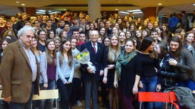Zeitzeugengespräch Mit Dem Auschwitz-Überlebenden Heinz Kounio