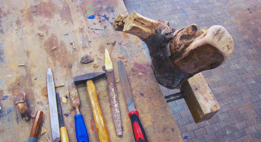 Holzskulpturen Der Klassen 11a Und 12 A