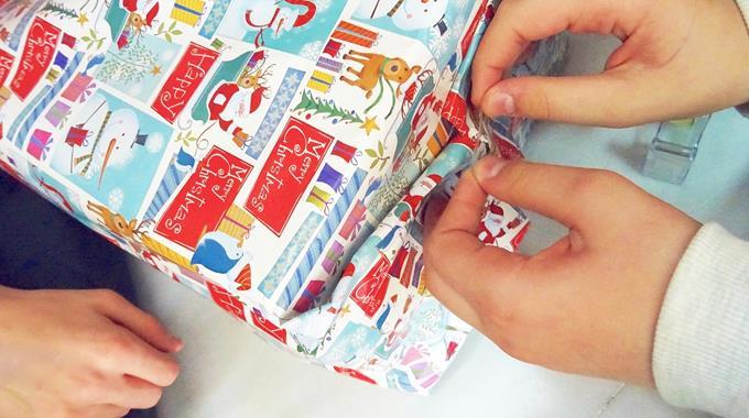 Weihnachtliche Spendenaktion Der DST