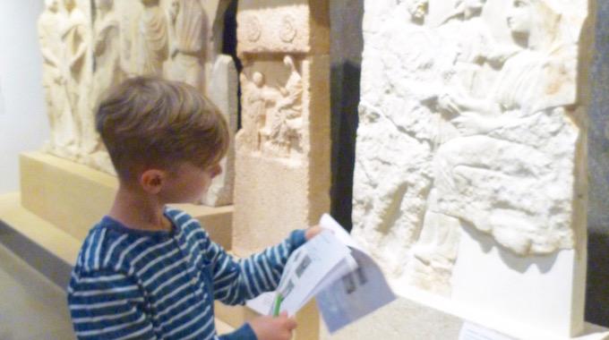 Ausflug der Grundschule ins Archäologische Museum
