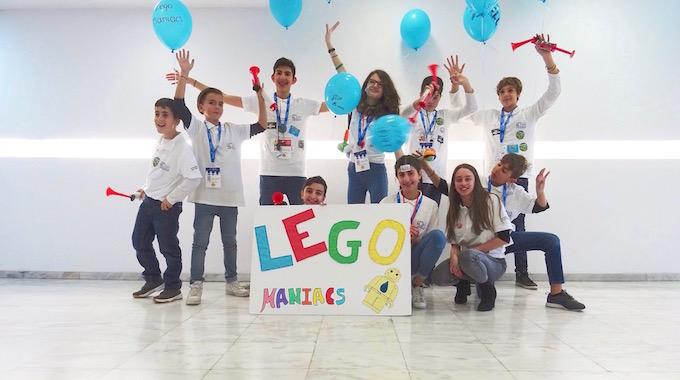 Legomaniacs